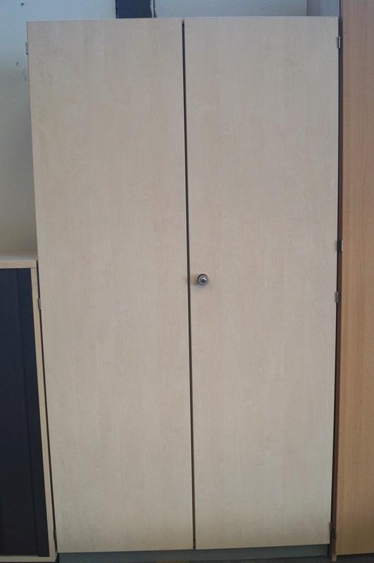 essener handel gebrauchte b rom bel lagerverkauf und. Black Bedroom Furniture Sets. Home Design Ideas