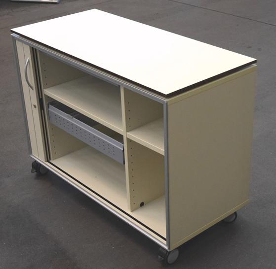 bene sideboard b roschrank auf rollen mit f chern und 1 auszug h ngeregister. Black Bedroom Furniture Sets. Home Design Ideas