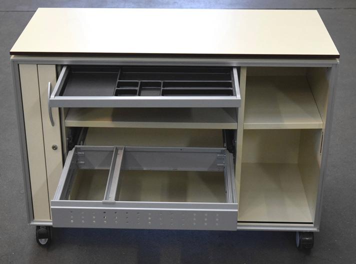sideboard mit rollen gallery of ikea tv bank sideboard mit rollen wei ab uac with sideboard mit. Black Bedroom Furniture Sets. Home Design Ideas