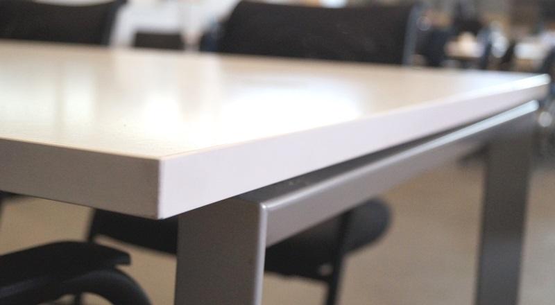 Bene Besprechungstisch / Schreibtisch