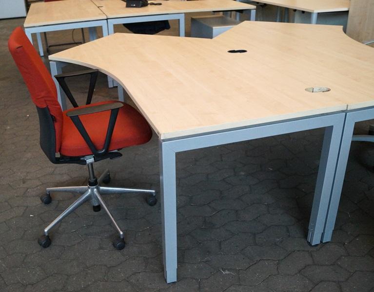 Schärf Schreibtisch / Freiformschreibtisch